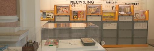 Baukästen + Anleitungsbücher: DIY-Ausstellung; Foto: Nowak