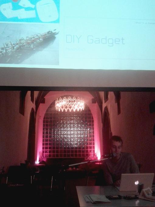Olaf Vals Vortrag im Kunstverein, Foto: Tine Nowak (via Android)